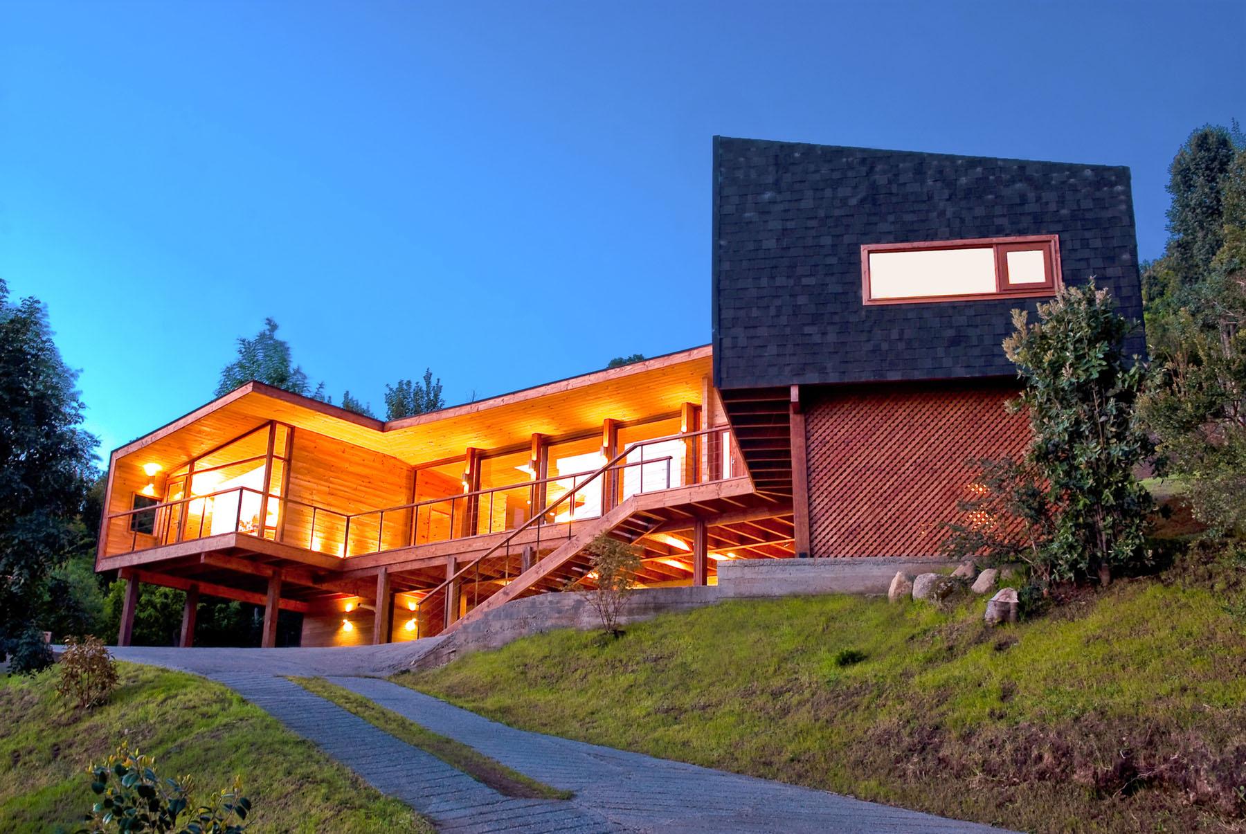 A Modern Retreat In The Chilean Lake District