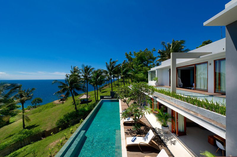 Tropical Hillside Villa