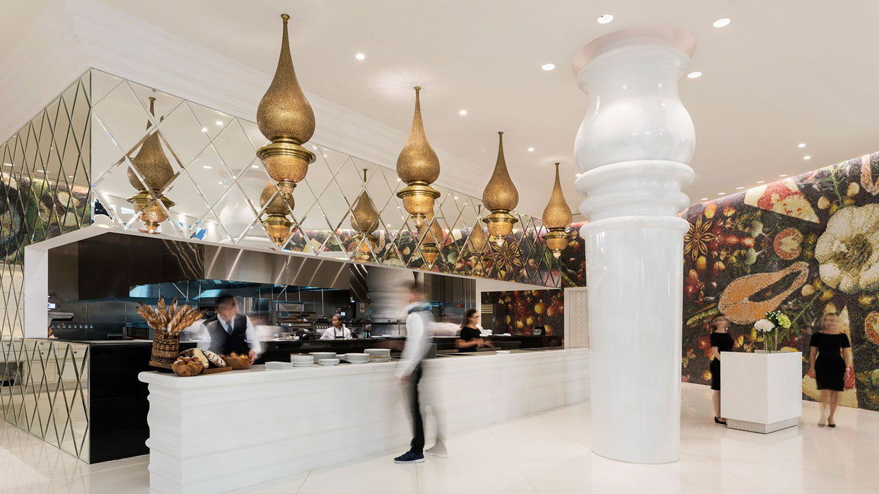 The Mondrian Doha Hotel Features Marcel Wanders\' Eccentric Signature ...
