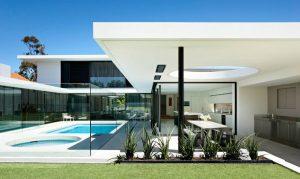 Mid-Century Modern Luxury Home