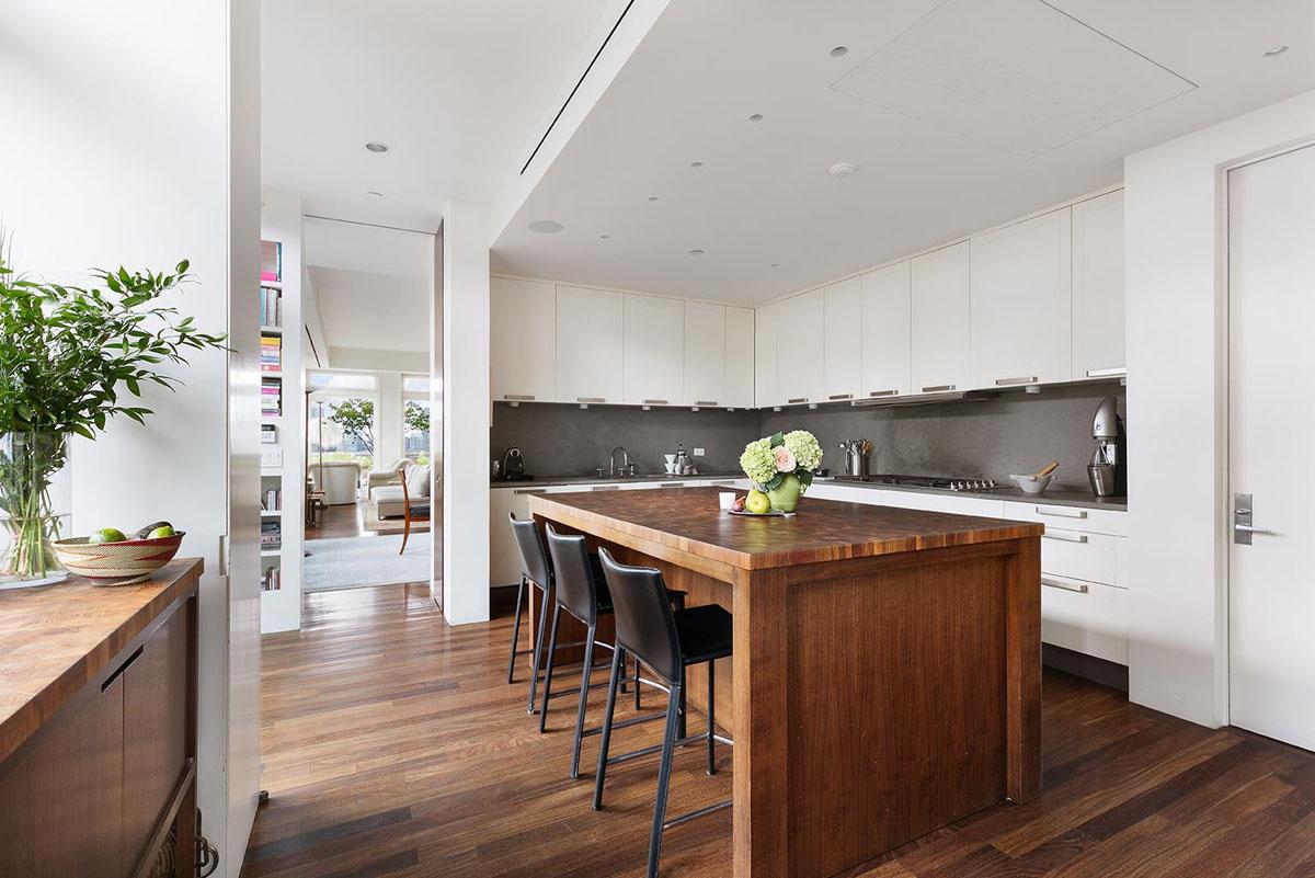 Meryl Streep New York City River Loft Penthouse Apartment 9