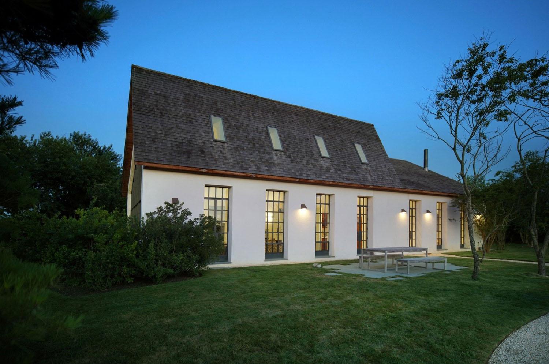 Modern farmhouse residence the hamptons long island 15