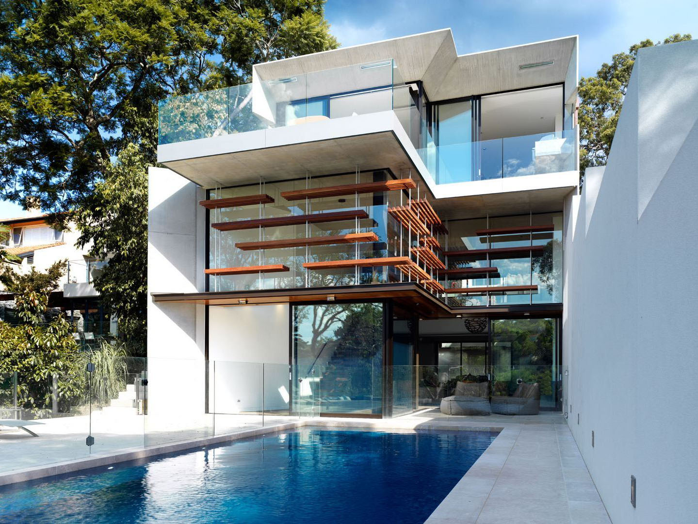 Architecturally stunning contemporary house in sydney this beautifully designed modern home
