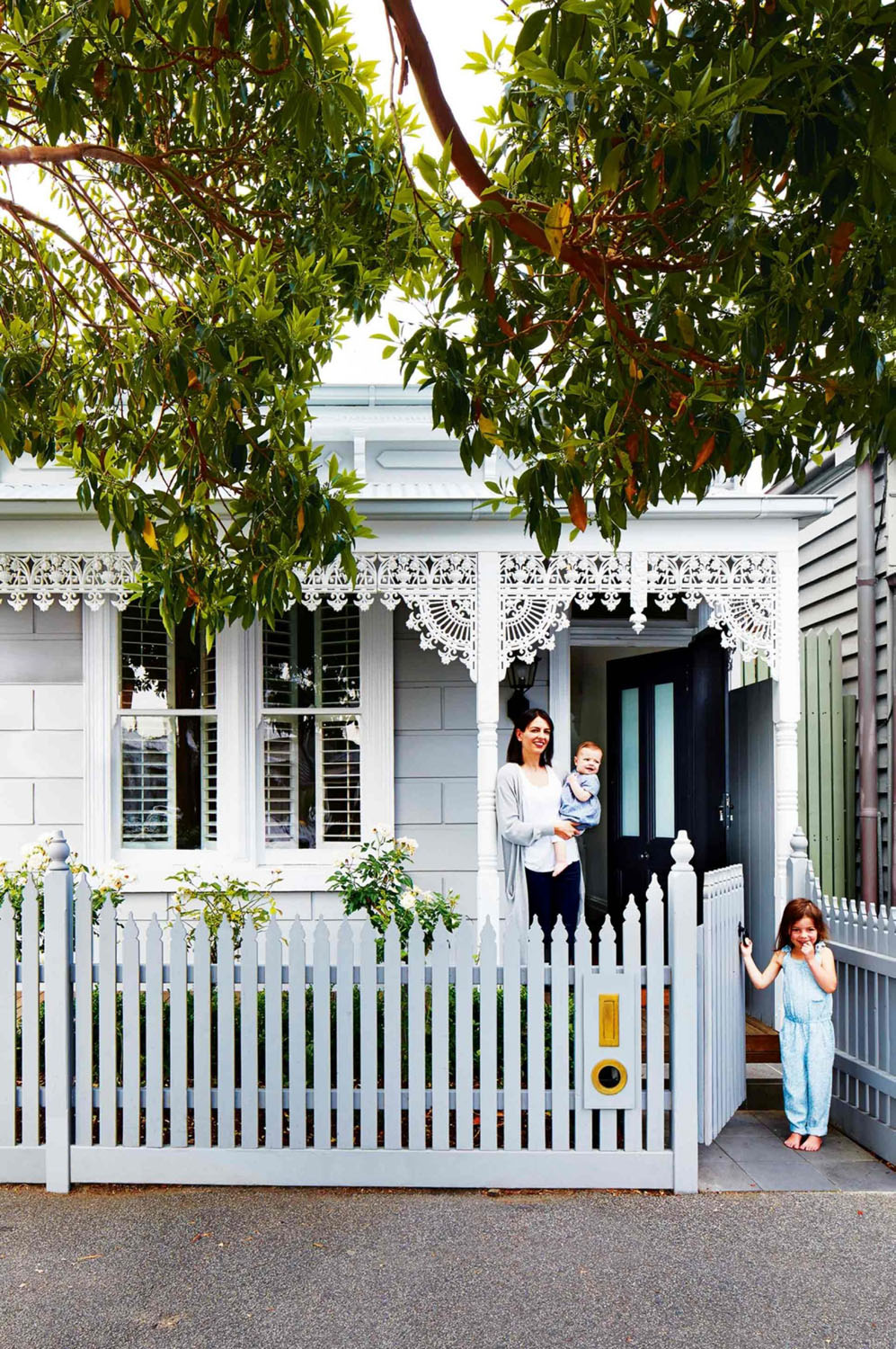 Modern Makeover Of A Victorian-Era Terrace House In