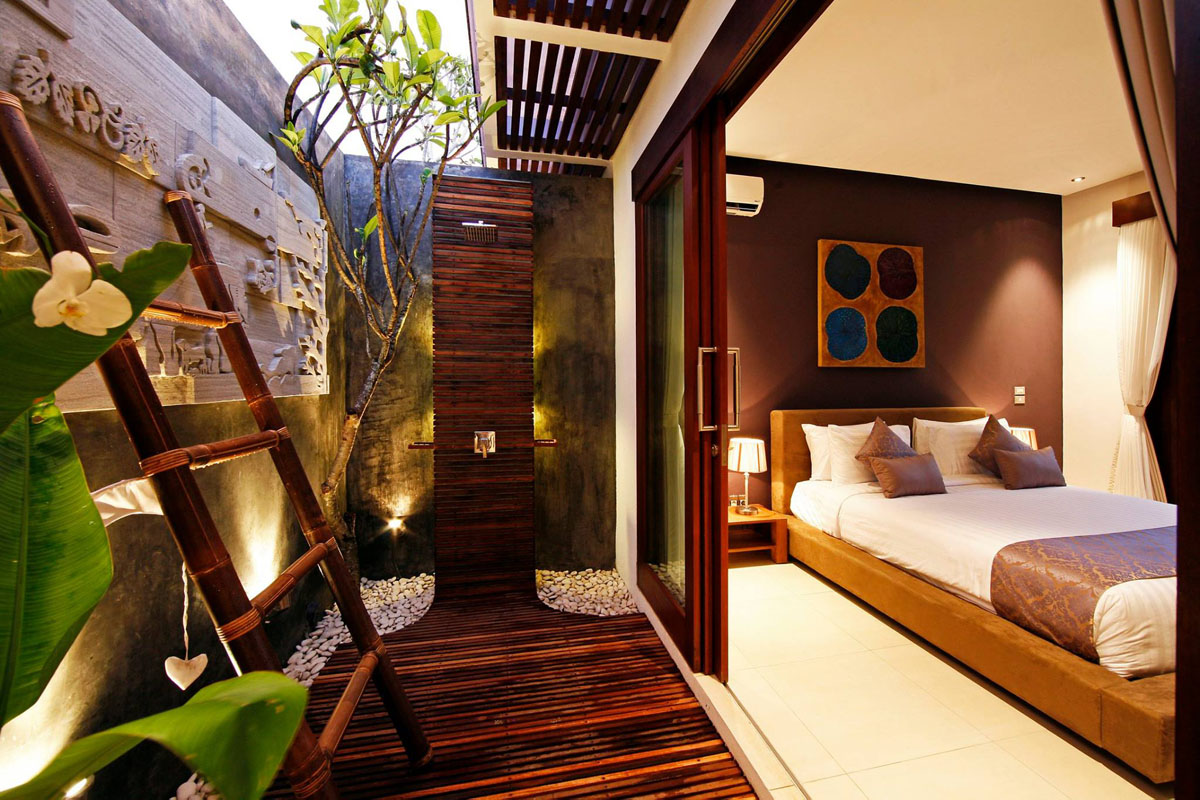 Romantic Modern Balinese Outdoor Showers At The Chandra