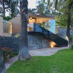 Elegant Modern Villa in Sicily Merges with its Natural Landscape