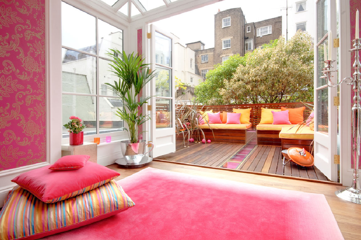 Interior designer rebecca james of interior desires used very daring colours for this home in montagu square marylebone london and created an elegant