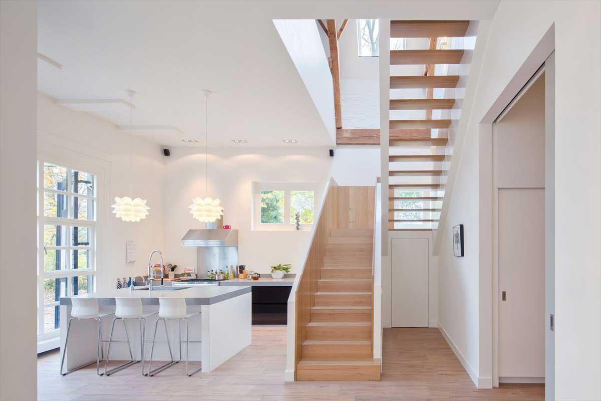 Modern Coach House