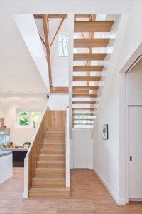 Solid Oak Wood Staircase