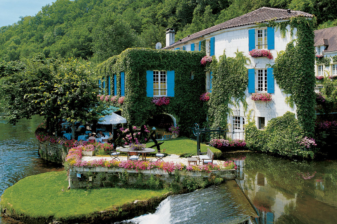 Cozy French Country Inn