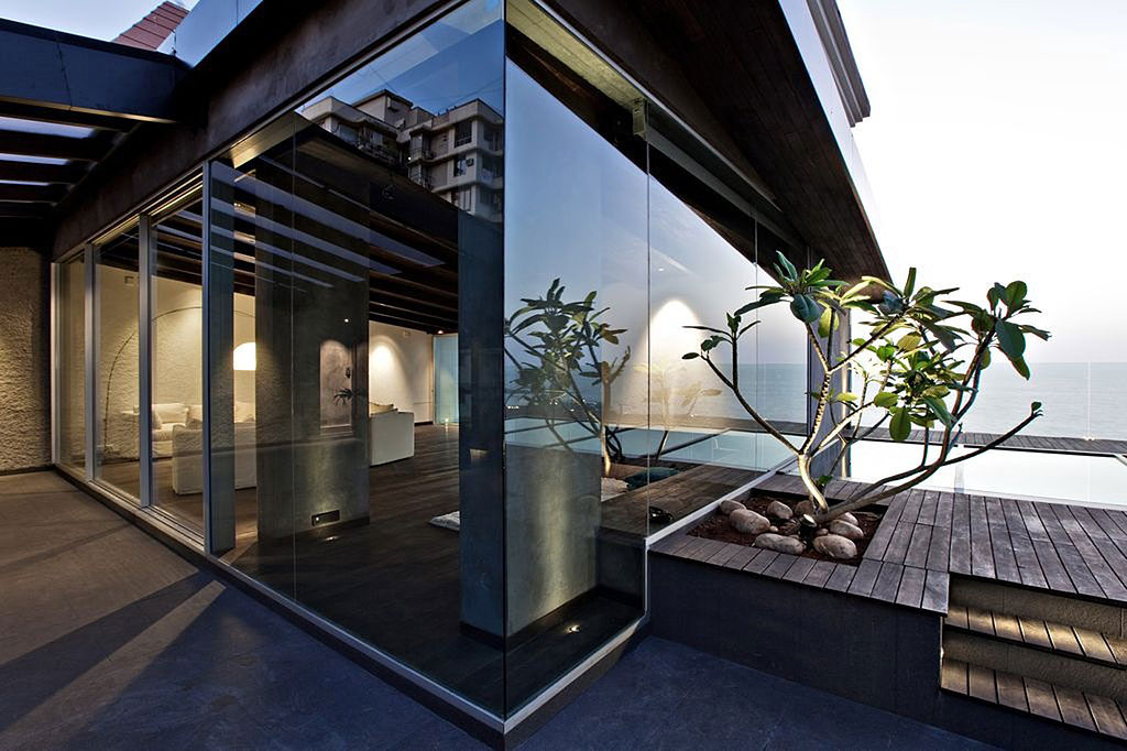 Contemporary Ocean View Penthouse