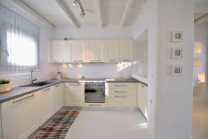 Modern Mediterranean White Kitchen