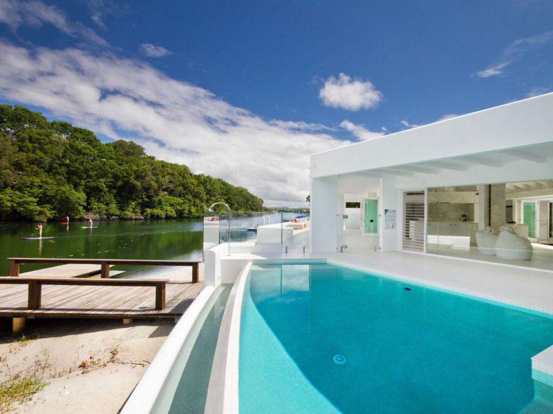 Modern Riverfront Home In Australia Idesignarch