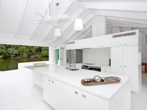 Riverfront-House-Australia