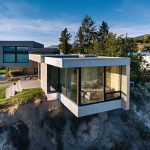 Living On The Edge: A Glass and Concrete Cantilevered Studio in the Okanagan