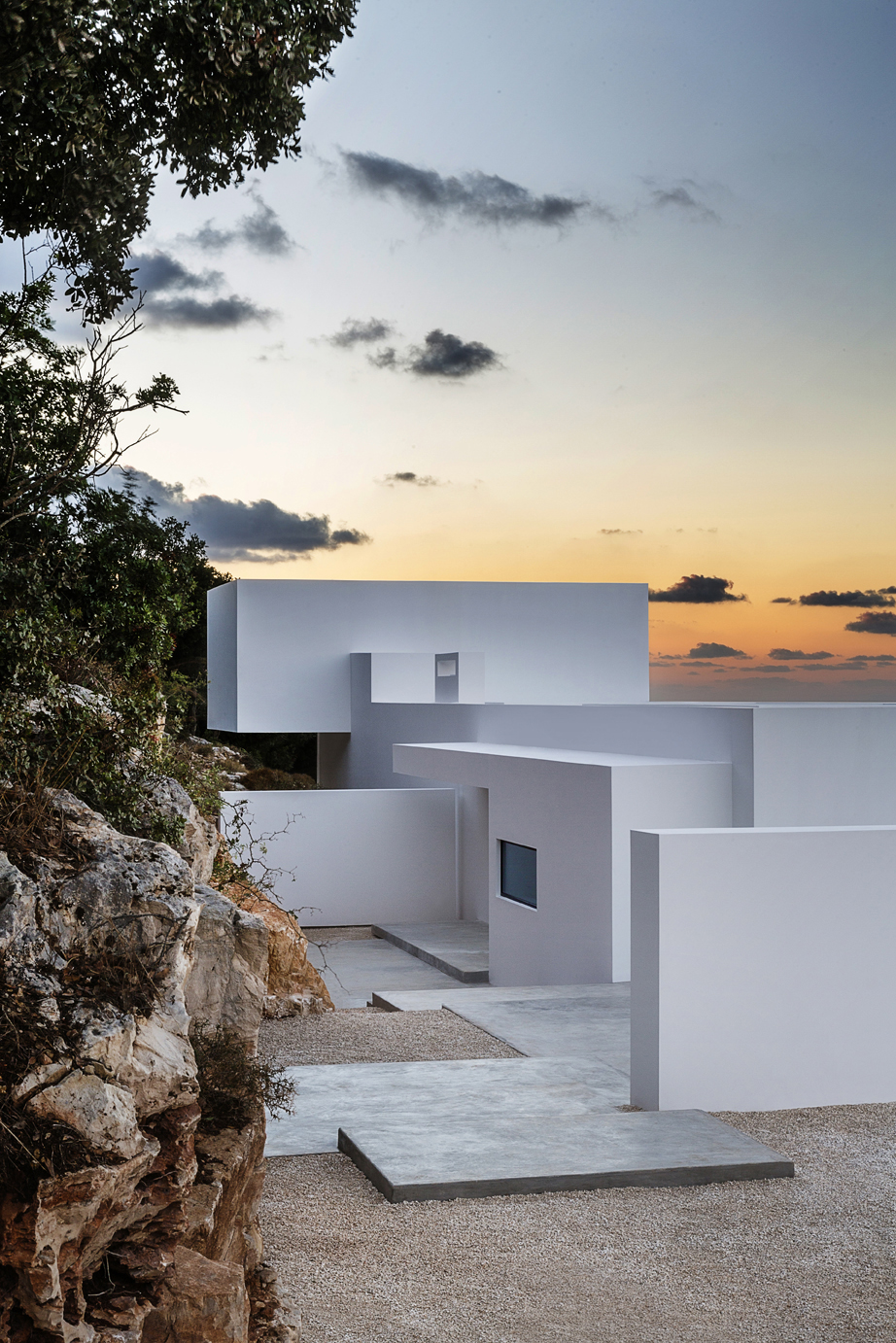 Minimalist Greek Architecture