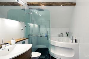 Modern Bathroom with Exposed Wood Beams