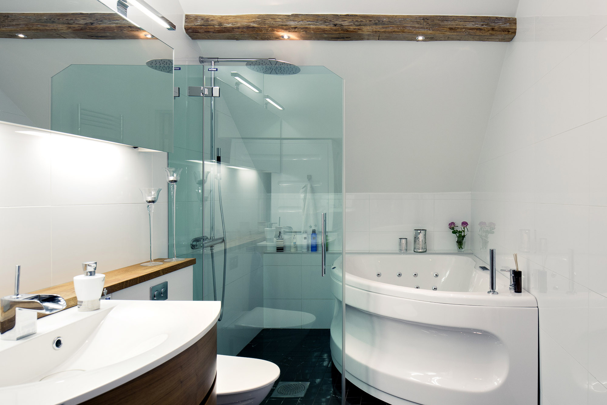 Modern Bathroom with Exposed Wood Beams