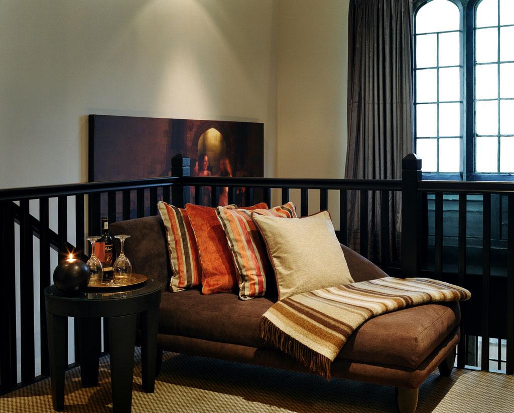 Oxford Thomas Lowton Robins Suite