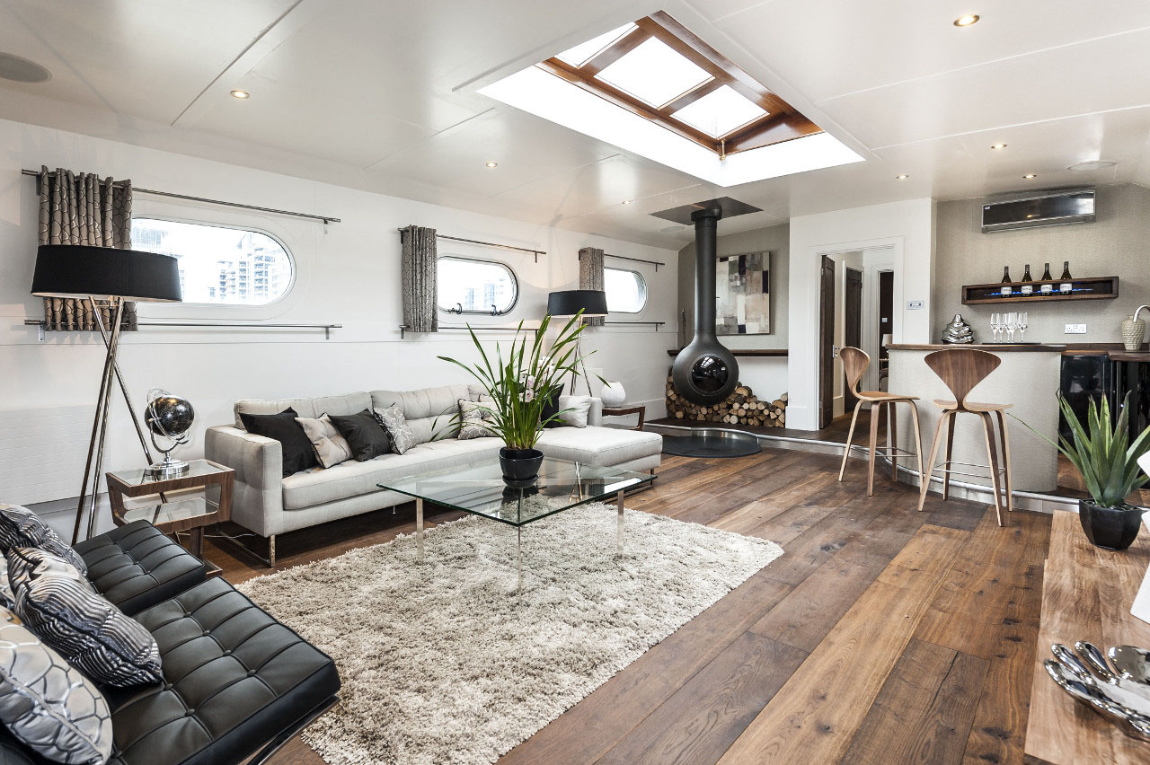 Bespoke luxury floating penthouse in london idesignarch for Interni di case classiche