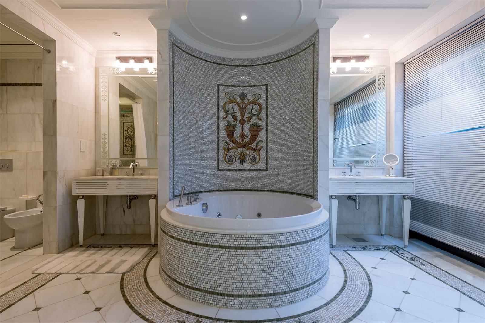 Bedroom Accessories Dubai
