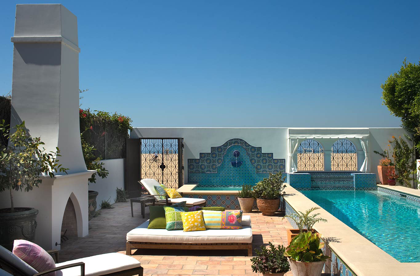 Spanish Colonial Beach House In Santa Monica