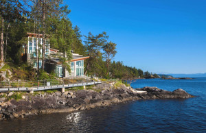 Luxury Coastal Home in British Columbia