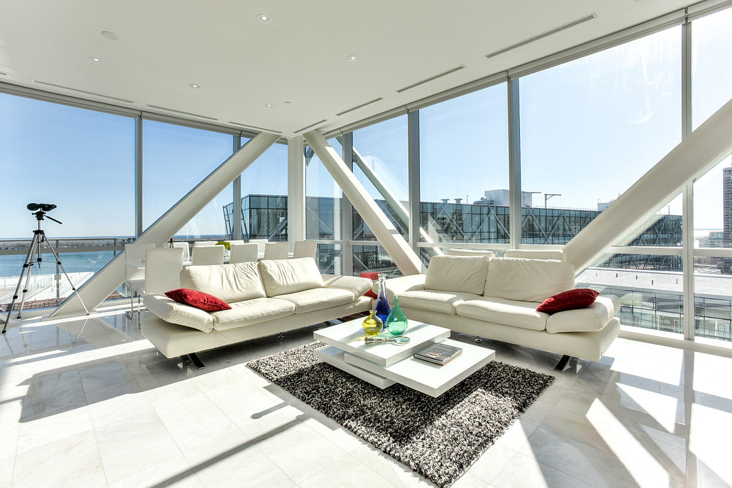 Ultra Modern Penthouse Interior Design