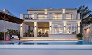 Modern Mediterranean Villa