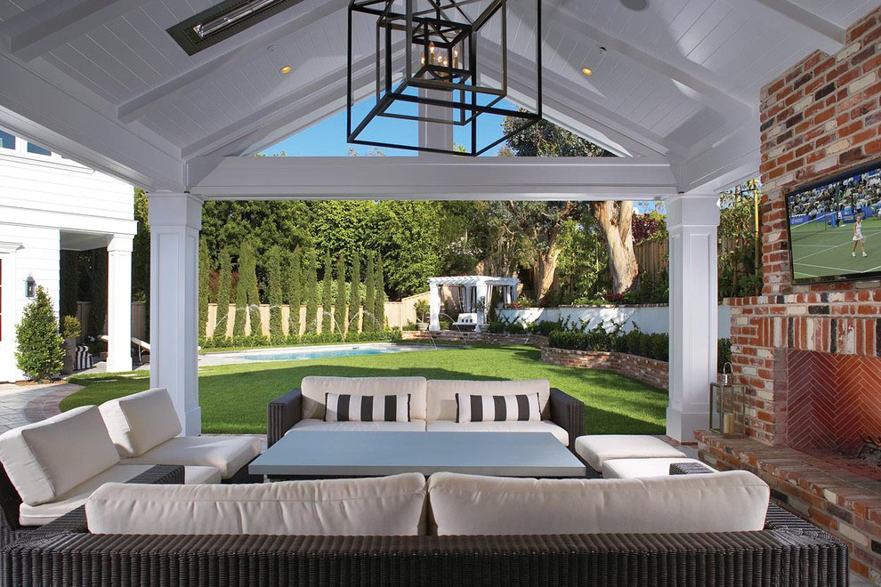 Elegant Outdoor Covered Patio