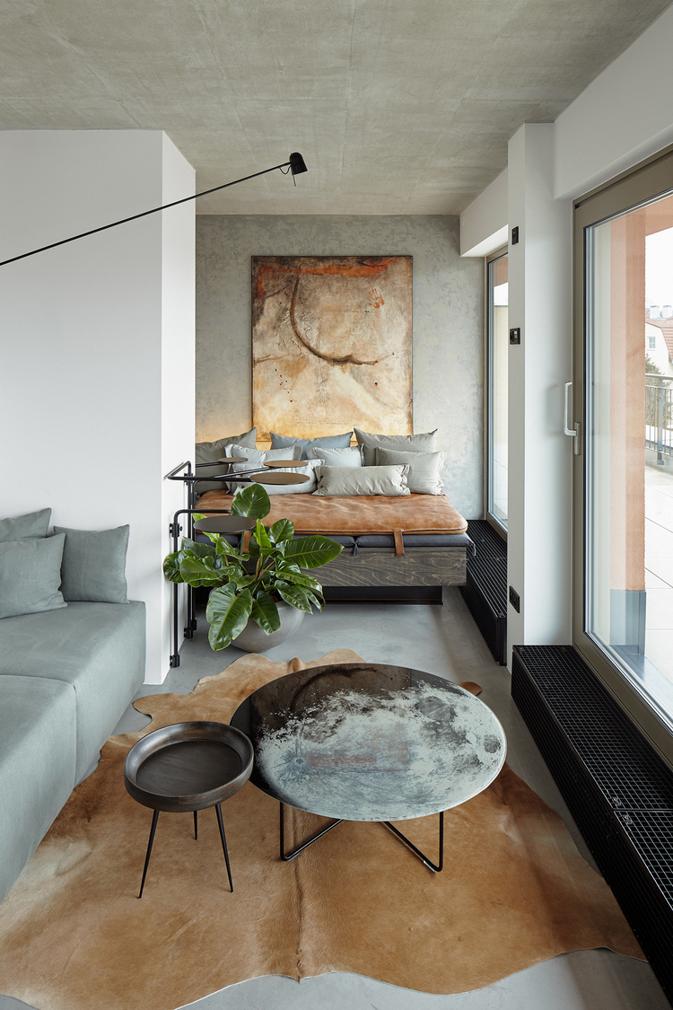 Sophisticated Small Industrial Loft With Unique Design ...