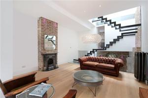 Mezzanine Level Living Area