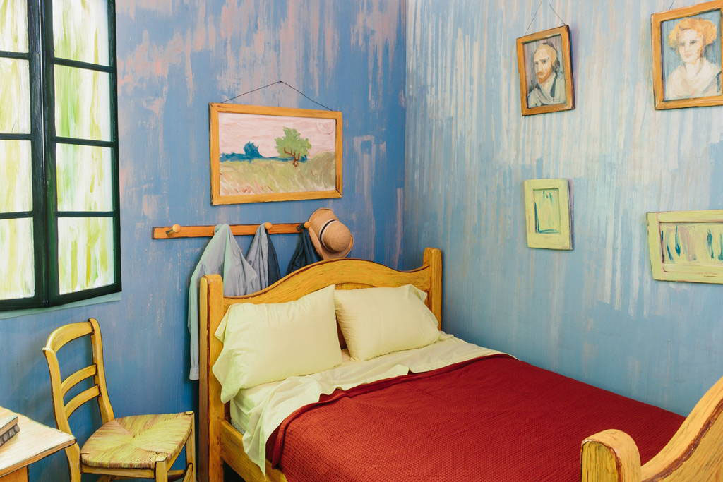 Van Gogh Themed Bedroom