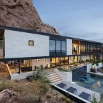 Red Rock Mountainside Home Maximizes Connection to the Natural Environment