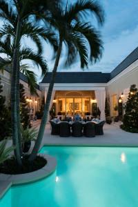 Florida Mansion Outdoor Swimming Pool