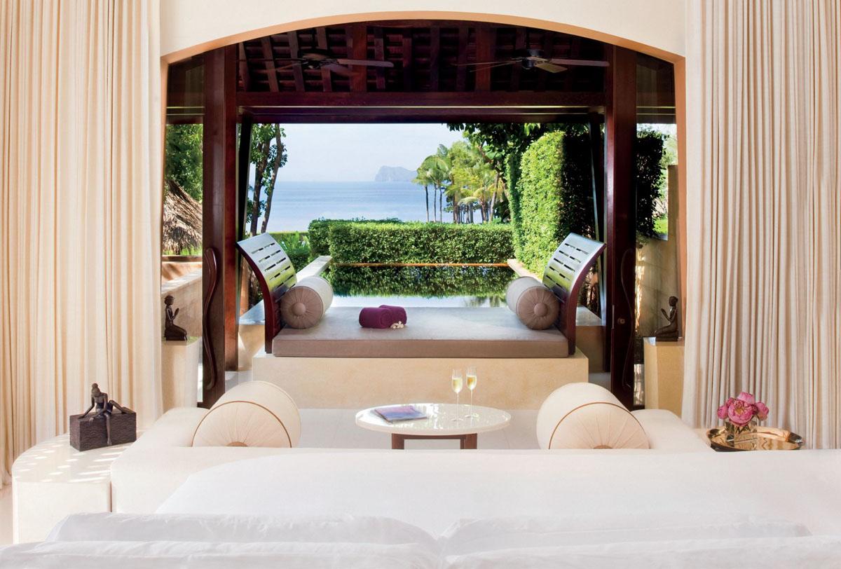 Luxury Hotel Suit with Ocean View