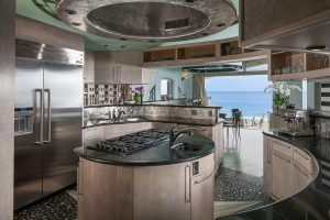 State of the Art Circular Kitchen