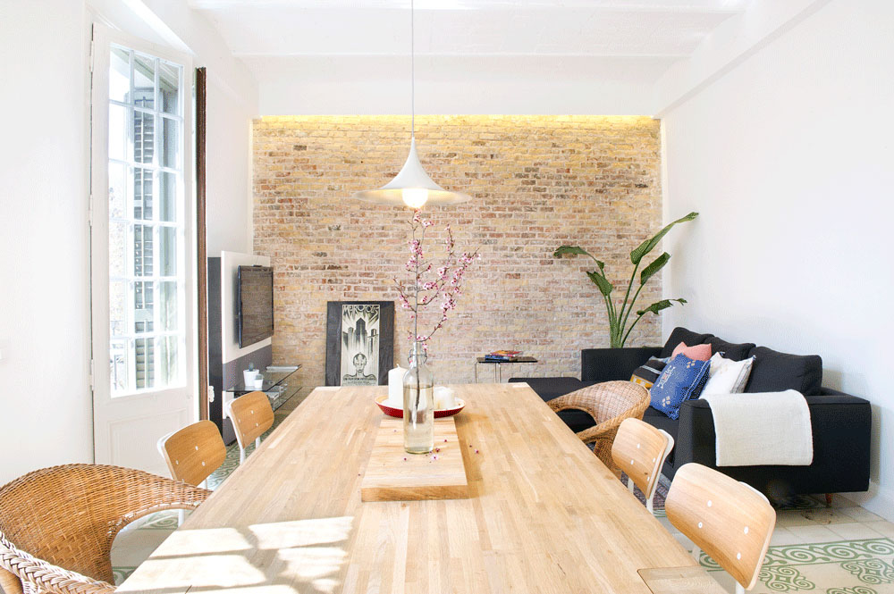 Modern Apartment With Rustic Brick Wall Design