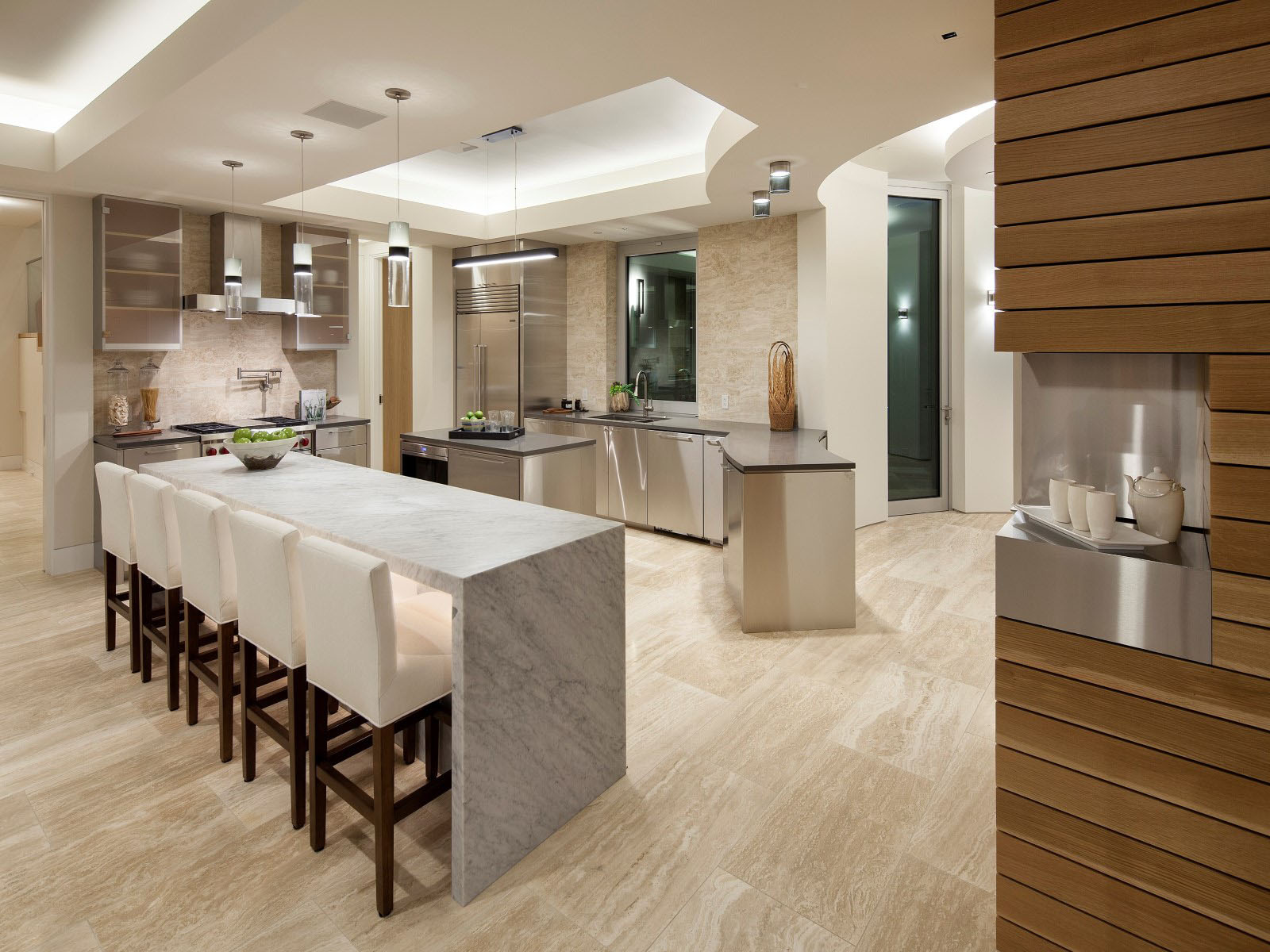 Contemporary Chef's Kitchen