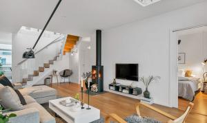 Elegant Modern Duplex Apartment