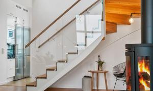 Modern Glass Stairway