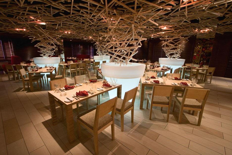 Schepka Quot Sliver Quot Restaurant In Ufa Russia Idesignarch