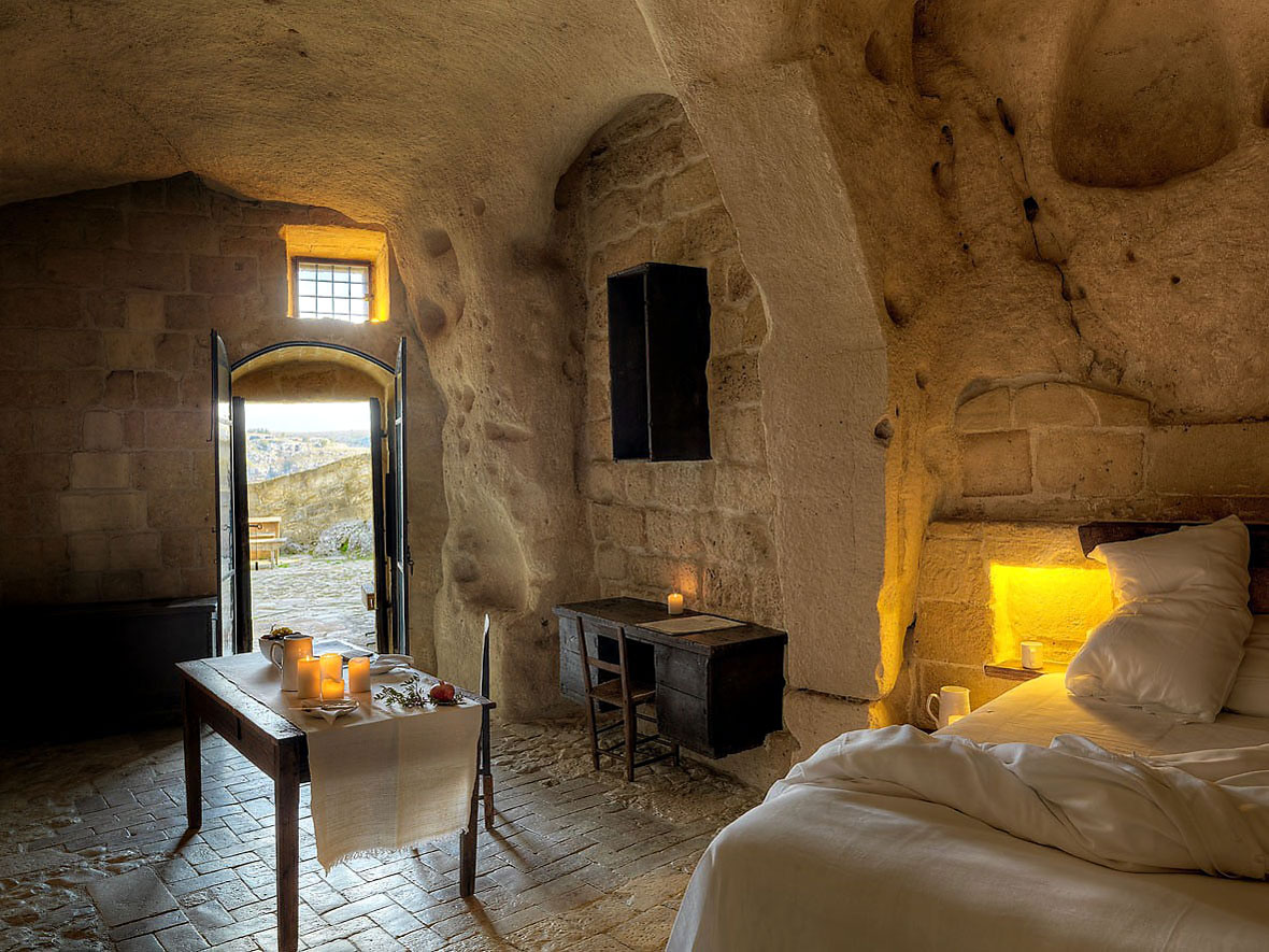 Cave-Hotel-Italy