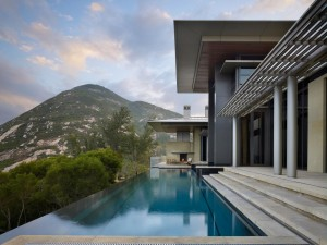Luxury House with Ocean View in Hong Kong