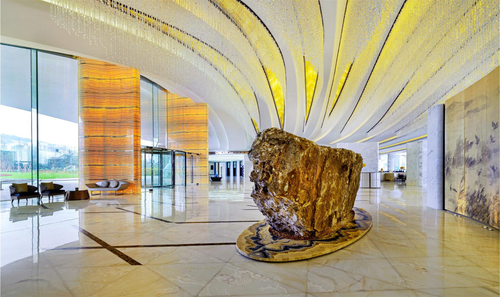 Sheraton Huzhou Hot Spring Resort Lobby