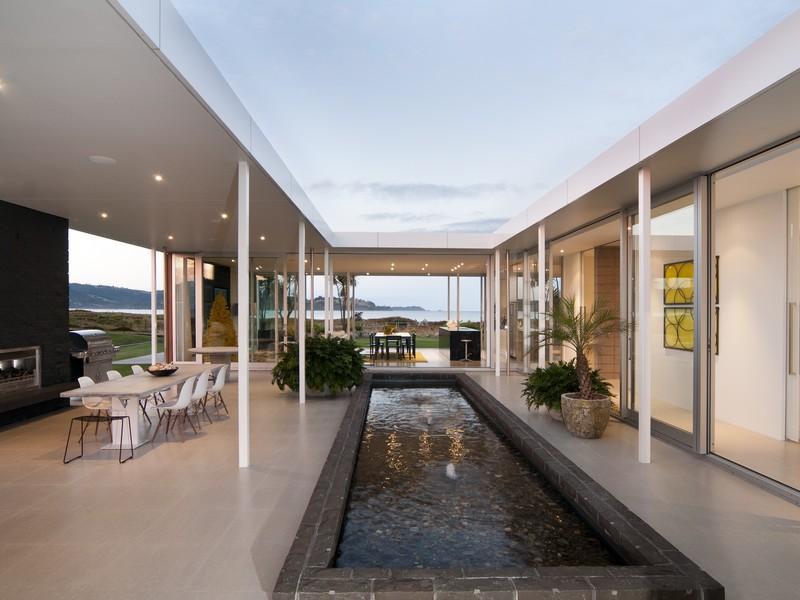 Single Level Beach House In New Zealand | iDesignArch ...