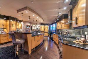 Bespoke Luxury Chef's Kitchen