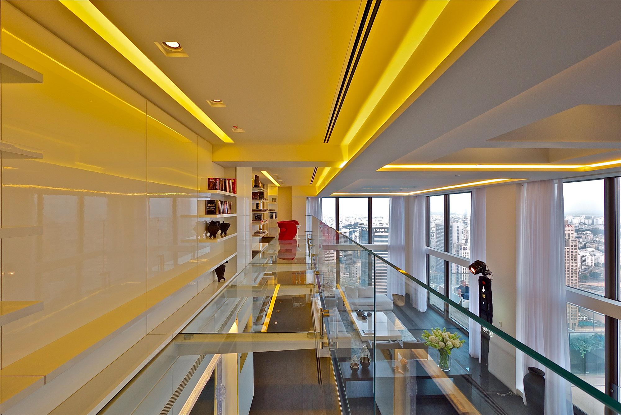Glass Loft Apartment