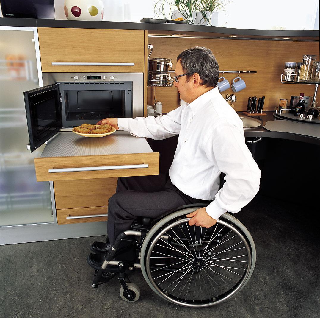 Ergonomic Italian Kitchen Design Suitable For Wheelchair Users