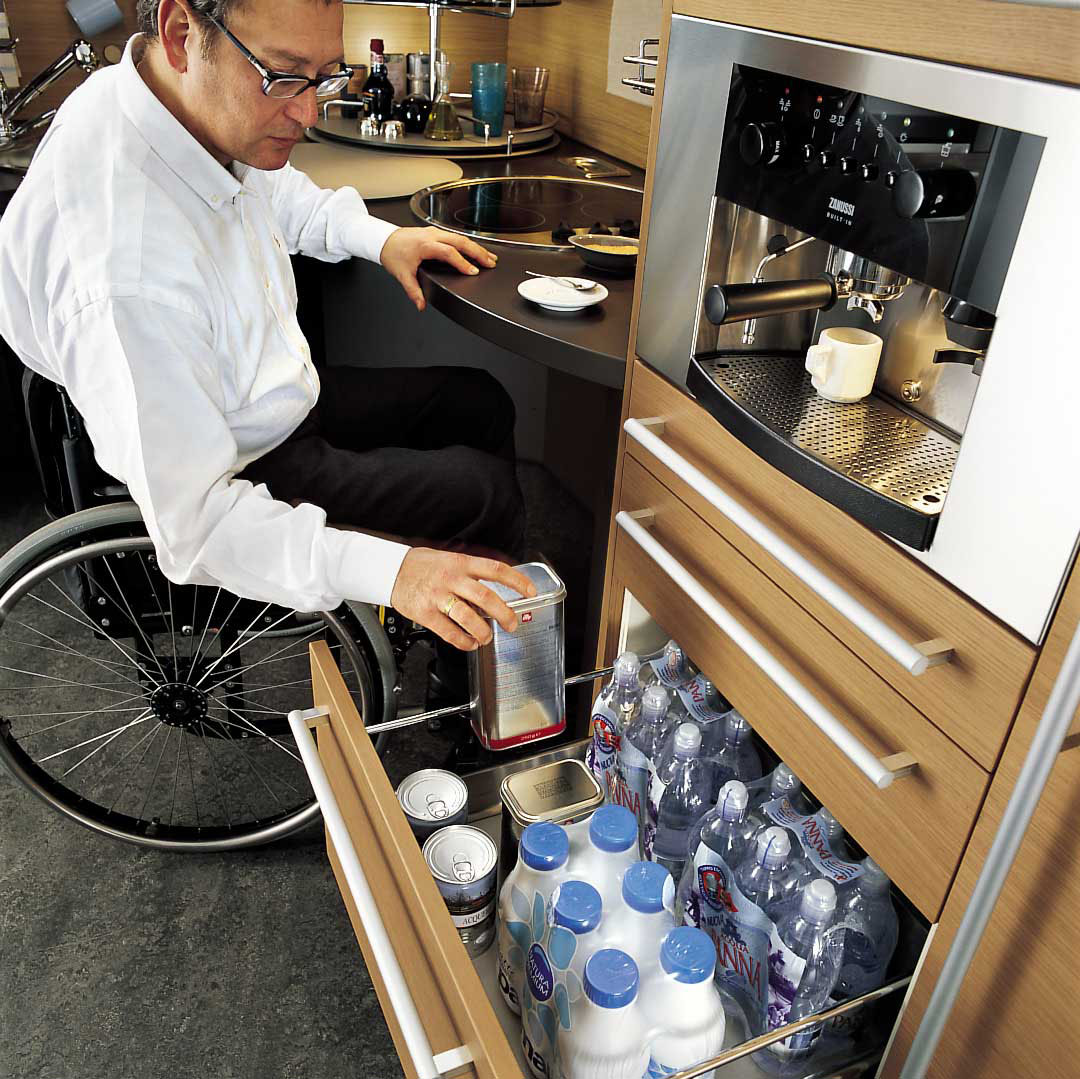 Ergonomic Italian Kitchen Design Suitable For Wheelchair